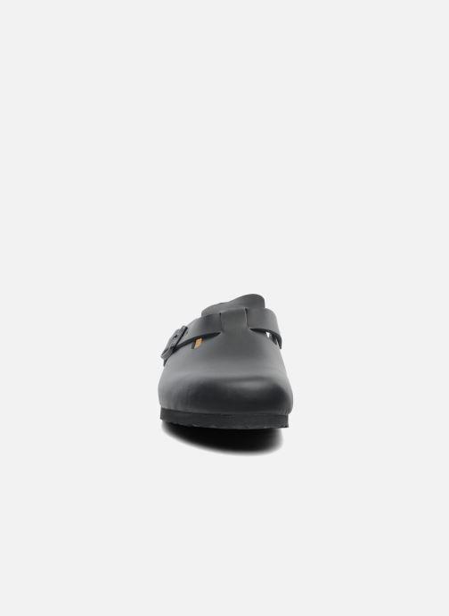Sandali e scarpe aperte Birkenstock Boston Cuir M Nero modello indossato