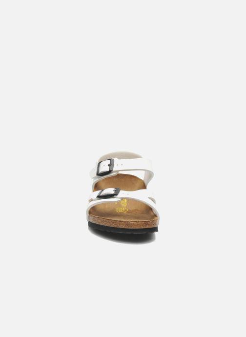 Sandali e scarpe aperte Birkenstock Rio Bianco modello indossato