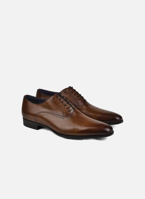 Lace-up shoes Santoni William 7413 Brown view from underneath / model view