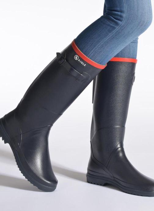 Stiefel Aigle Chantebelle schwarz ansicht von unten / tasche getragen