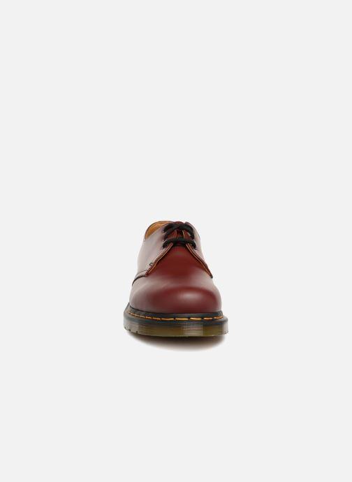 Scarpe con lacci DR. Martens 1461 Bordò modello indossato