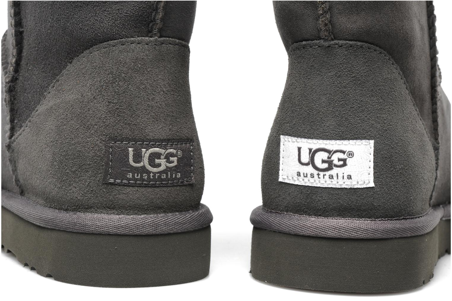 Ankle boots UGG Classic Short Grey 3/4 view