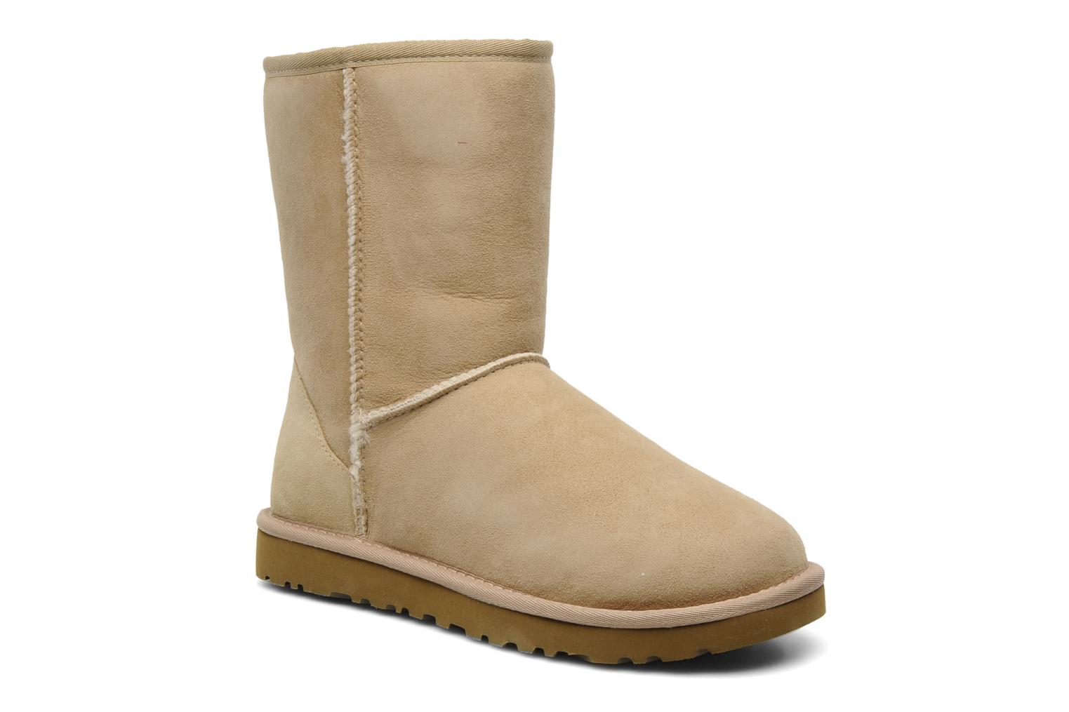 Ankle boots UGG Classic Short Beige detailed view/ Pair view