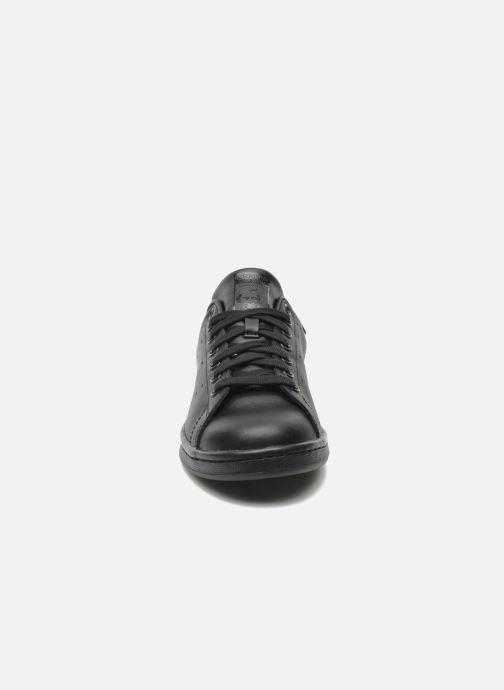 Sneaker adidas originals Stan Smith schwarz schuhe getragen