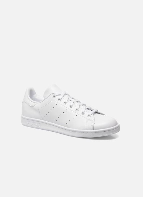 brand new e6999 7e57e Baskets Adidas Originals Stan Smith Blanc vue détail paire. Baskets Adidas  Originals Stan Smith Blanc vue portées chaussures