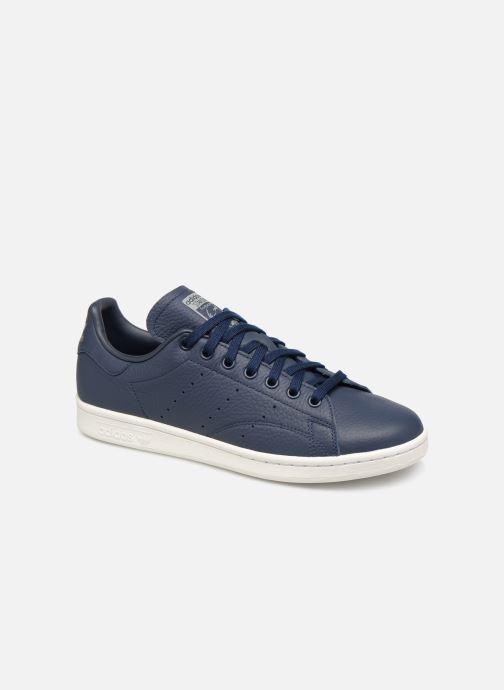 superior quality a190e f156f Baskets adidas originals Stan Smith Bleu vue détail paire. Baskets adidas  originals Stan Smith Bleu vue portées chaussures
