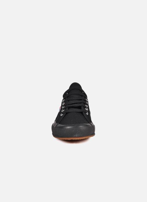 Baskets Superga 2750 Cotu M Noir vue portées chaussures