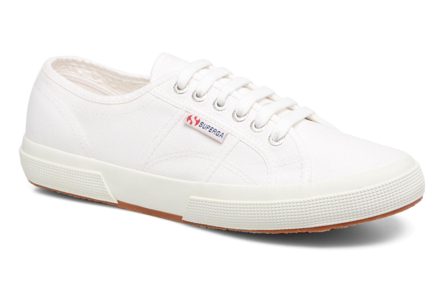 Trainers Superga 2750 Cotu M White detailed view/ Pair view
