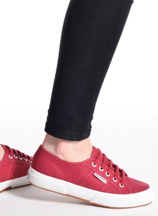 Sneaker Superga 2750 Cotu W weiß ansicht von unten / tasche getragen