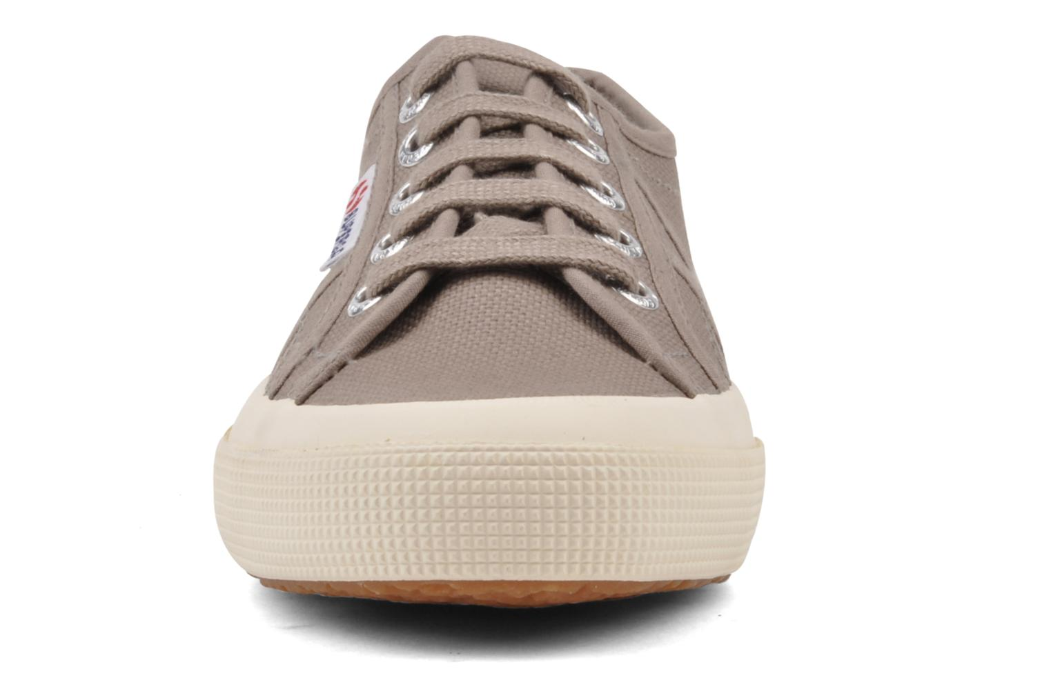 Trainers Superga 2750 Cotu W Brown model view