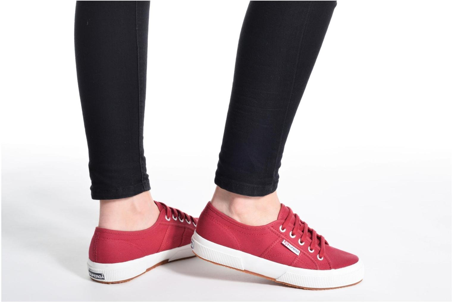 Trainers Superga 2750 Cotu W Pink view from underneath / model view