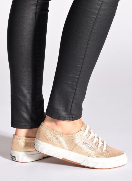Sneaker Superga 2750 Lame W schwarz ansicht von unten / tasche getragen