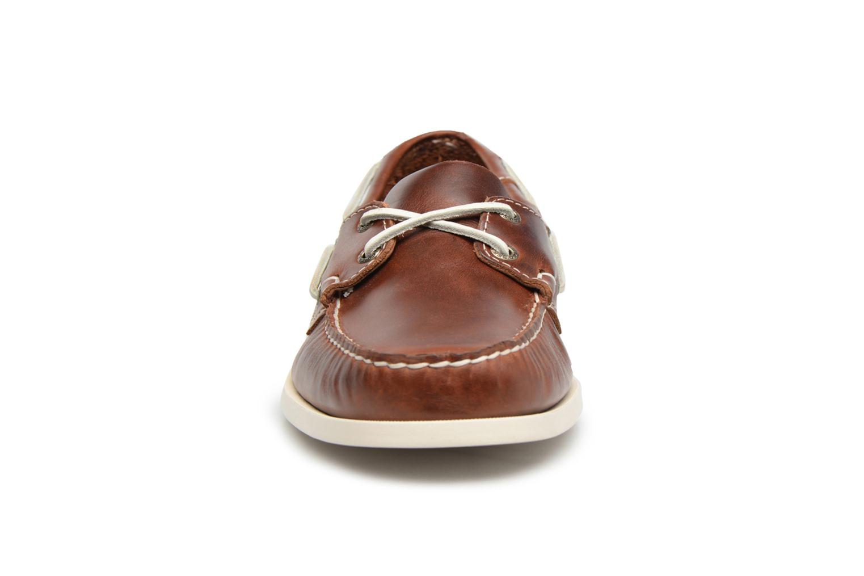 Scarpe con lacci Sebago Docksides M Marrone modello indossato