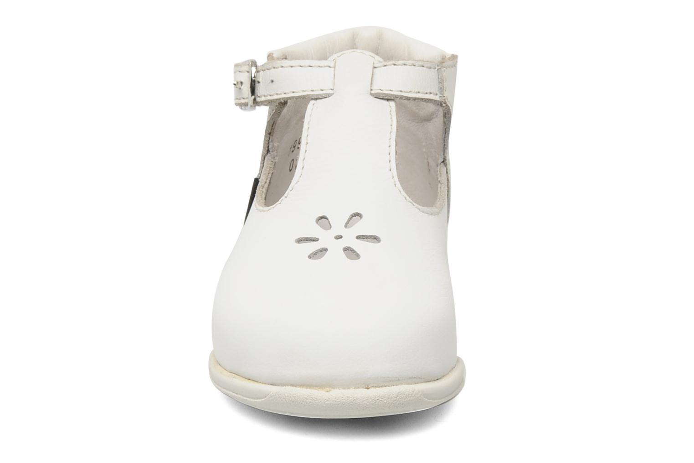 Bottines d'été Aster Odjumbo Blanc vue portées chaussures