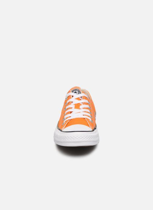 Sneaker Converse Chuck Taylor All Star Ox W orange schuhe getragen