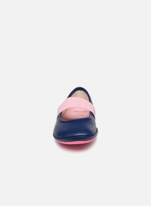 Ballerines Camper Right Kids Bleu vue portées chaussures