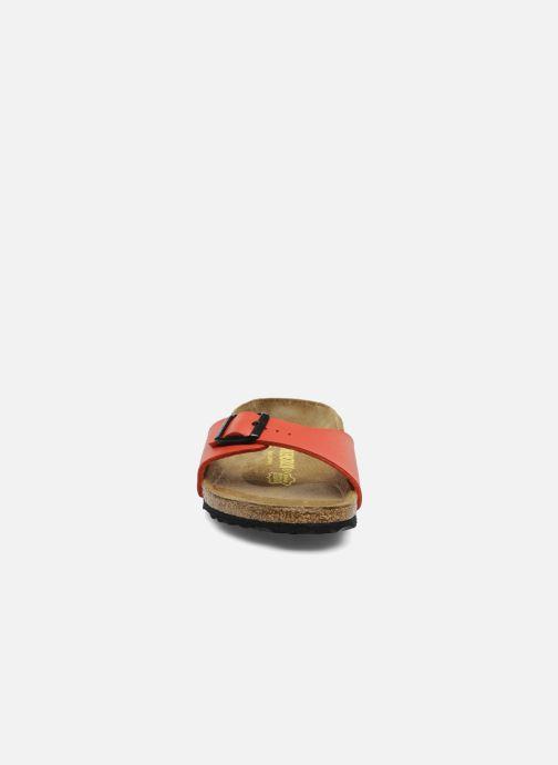 Zoccoli Birkenstock Madrid Flor W Rosso modello indossato