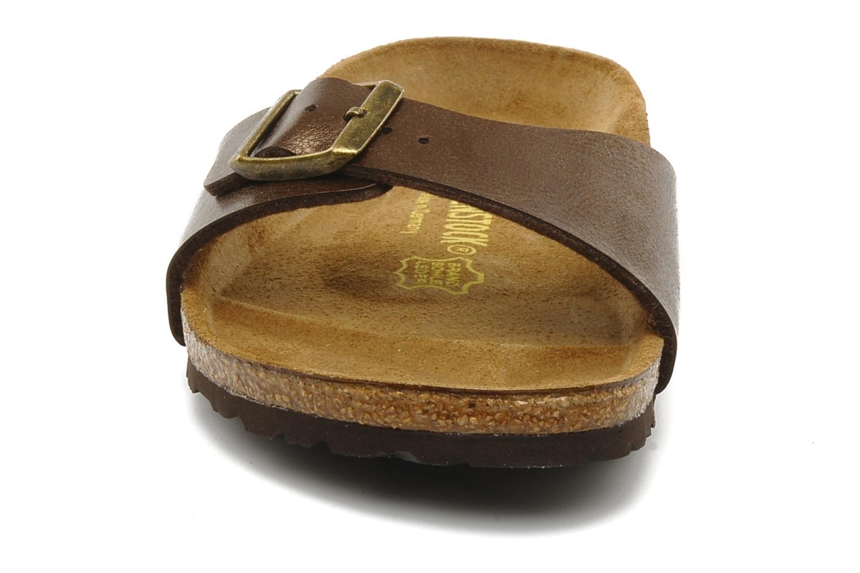 Mules et sabots Birkenstock Madrid Flor W Marron vue portées chaussures