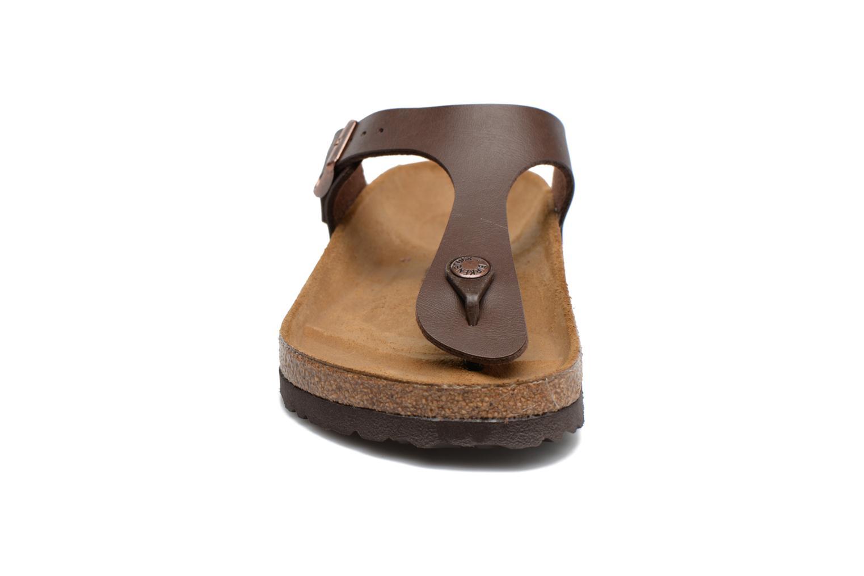 Sandales et nu-pieds Birkenstock Gizeh Flor W Marron vue portées chaussures