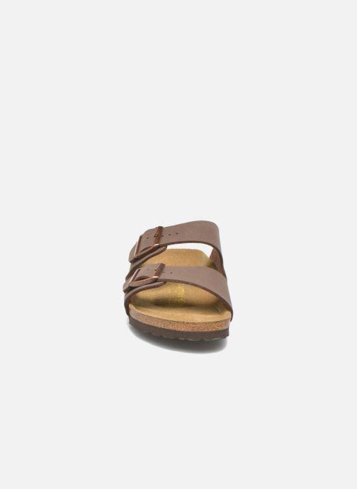 Sandalen Birkenstock Arizona Flor M braun schuhe getragen