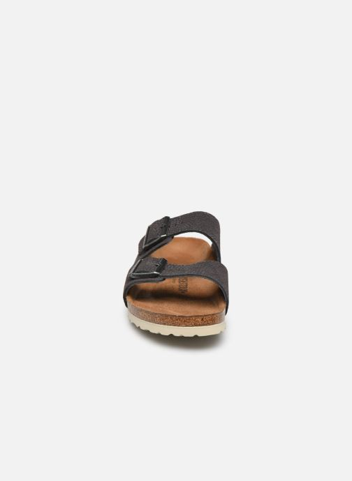 Sandalen Birkenstock Arizona Cuir M grau schuhe getragen