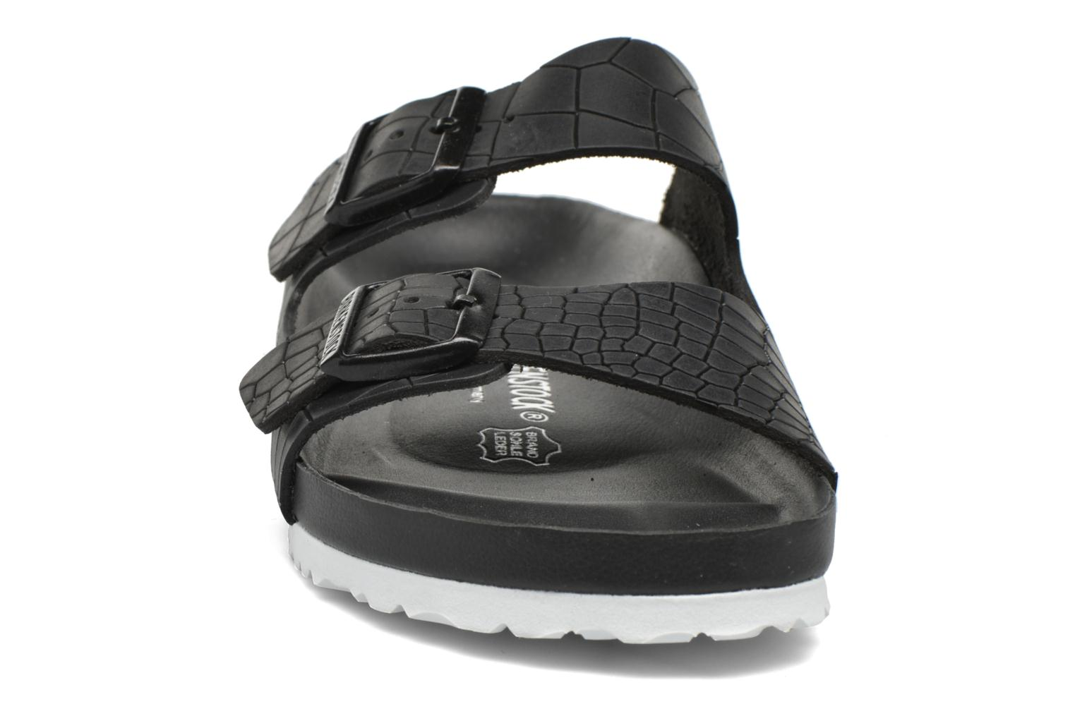 Sandals Birkenstock Arizona Cuir M Black model view