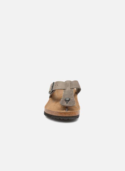 Tongs Birkenstock Medina Cuir M Gris vue portées chaussures