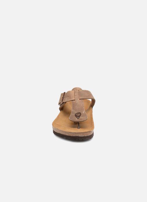 Tongs Birkenstock Medina Cuir M Marron vue portées chaussures