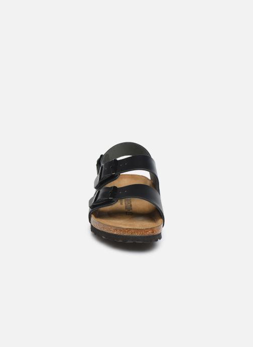 Sandali e scarpe aperte Birkenstock Milano Cuir M Nero modello indossato