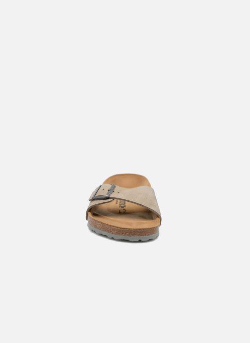 Sandales et nu-pieds Birkenstock Madrid Flor M Marron vue portées chaussures