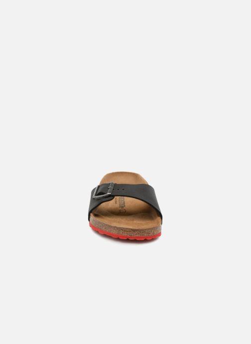 Sandali e scarpe aperte Birkenstock Madrid Flor M Nero modello indossato