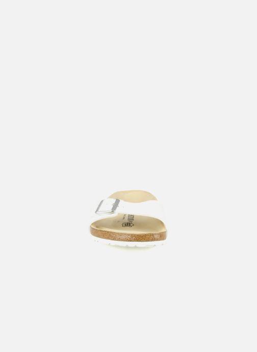 Sandales et nu-pieds Birkenstock Madrid Flor M Blanc vue portées chaussures