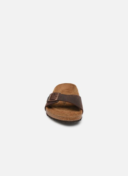 Sandali e scarpe aperte Birkenstock Madrid Cuir M Marrone modello indossato