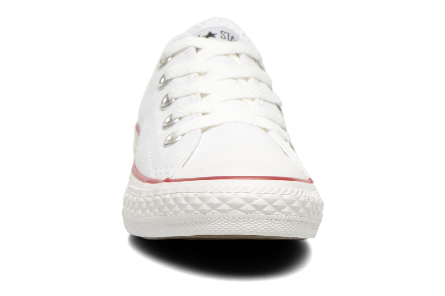 Baskets Converse Chuck Taylor All Star Ox K Blanc vue portées chaussures