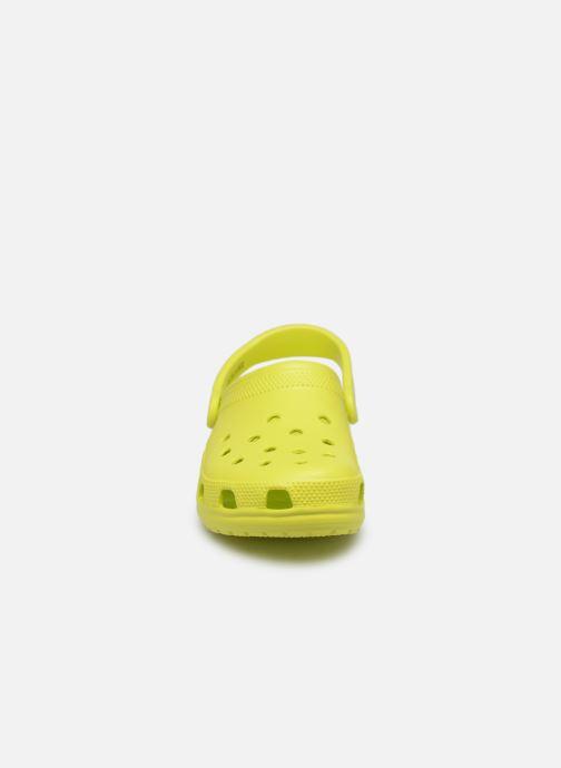 Clogs & Pantoletten Crocs Cayman F gelb schuhe getragen