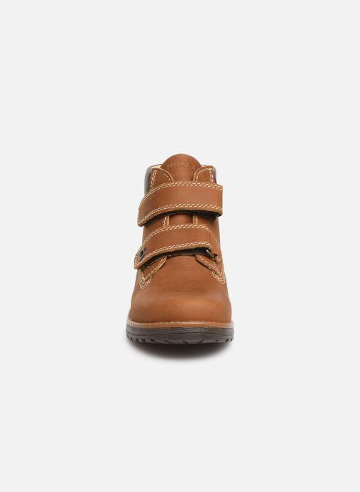 Chaussures à scratch Primigi Aspy Marron vue portées chaussures
