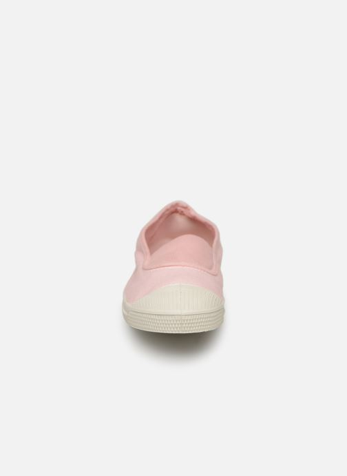 Sneakers Bensimon Tennis Elastique E Rosa modello indossato