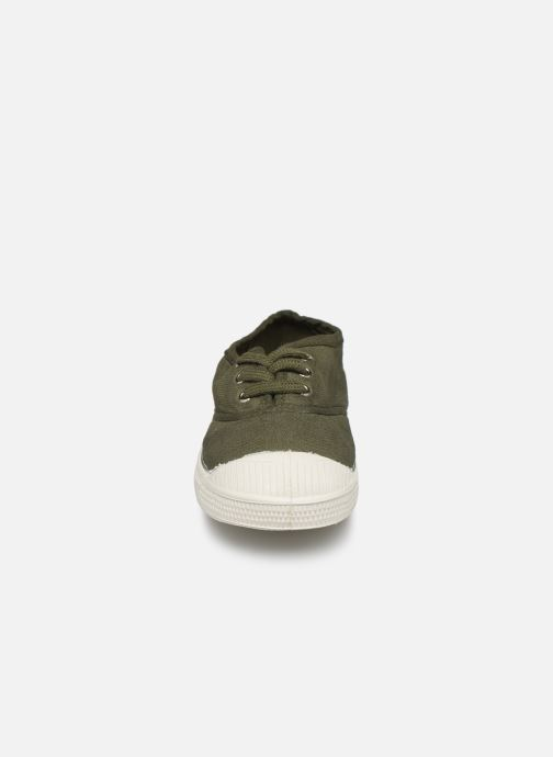 Sneakers Bensimon Tennis Lacets E Verde modello indossato
