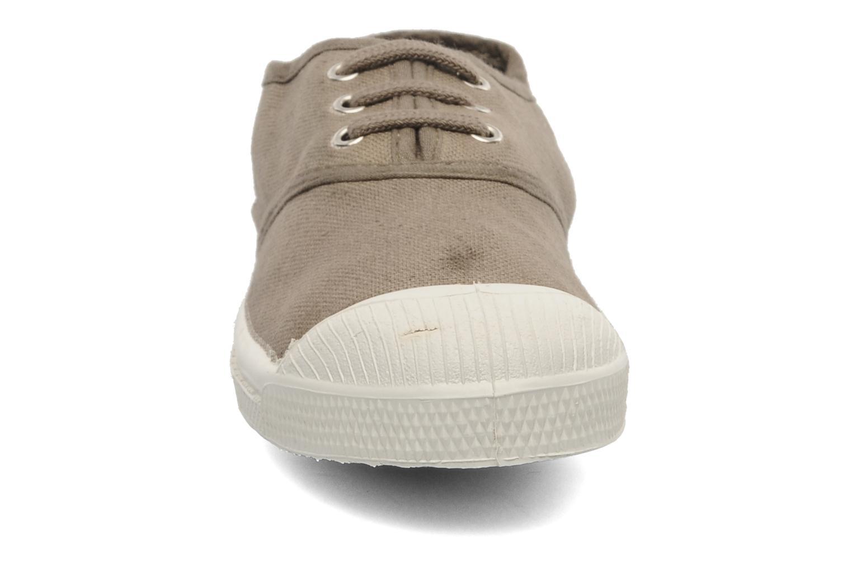 Baskets Bensimon Tennis Lacets E Beige vue portées chaussures