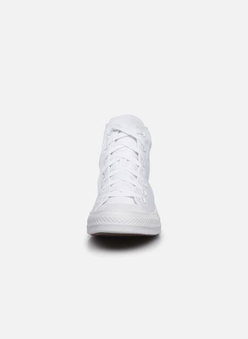 Baskets Converse Chuck Taylor All Star Monochrome Canvas Hi W Blanc vue portées chaussures