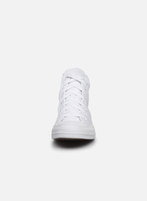 Baskets Converse Chuck Taylor All Star Monochrome Canvas Hi W Blanc vue portées chaussures