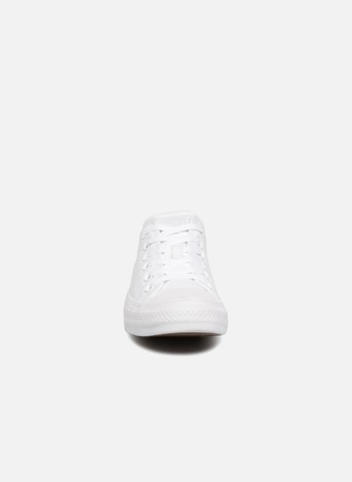 Baskets Converse Chuck Taylor All Star Monochrome Canvas Ox W Blanc vue portées chaussures