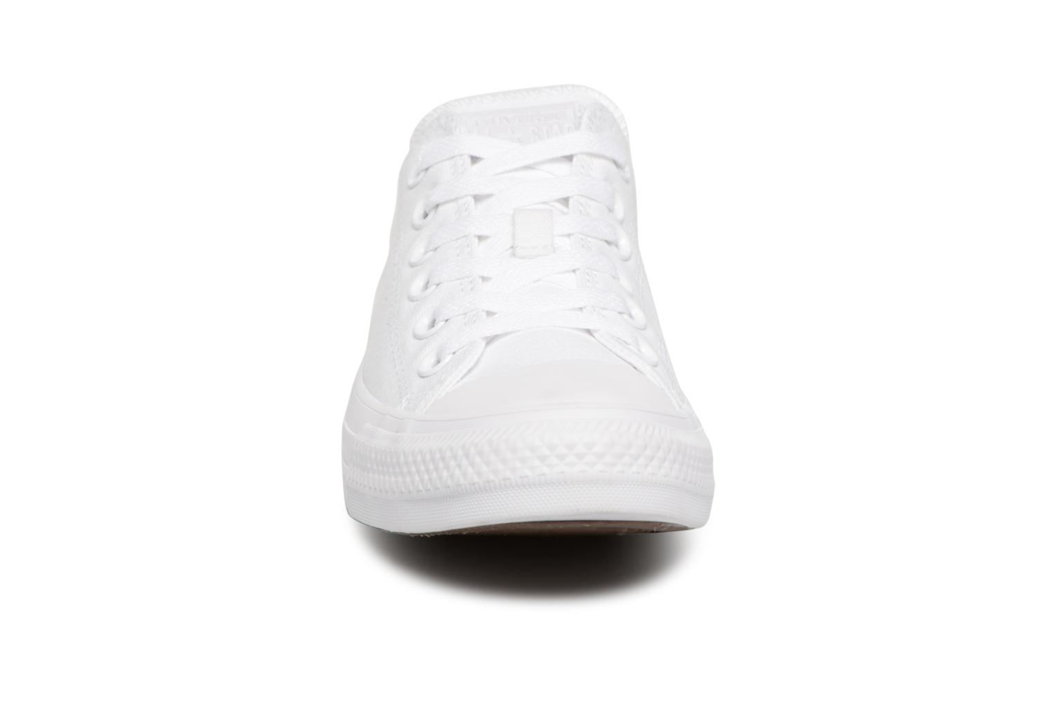 Sneakers Converse Chuck Taylor All Star Monochrome Canvas Ox W Bianco modello indossato
