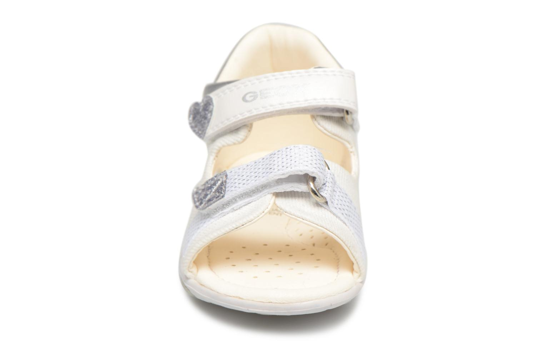 Sandalen Geox B S Nicely B weiß schuhe getragen