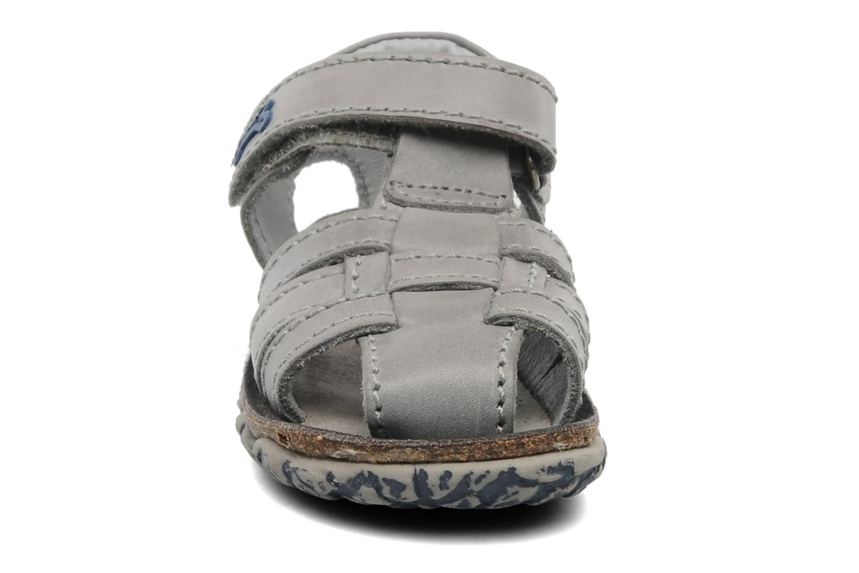 Sandaler Stones and Bones Raxi Grå se skoene på