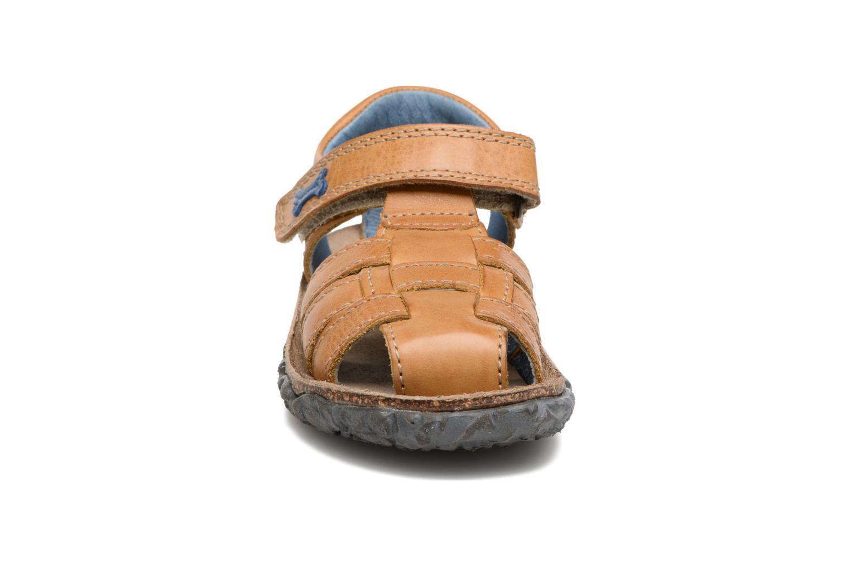 Sandalen Stones and Bones Raxi beige schuhe getragen