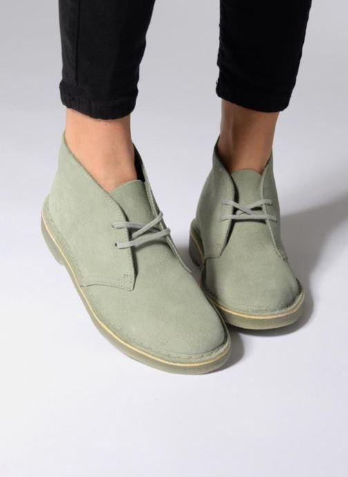 Scarpe con lacci Clarks Desert Boot W Grigio immagine dal basso