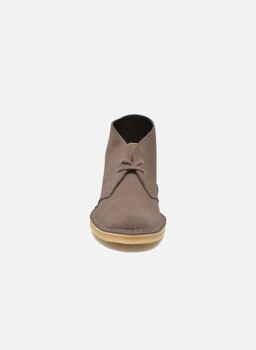 Zapatos con cordones Clarks Desert Boot W Marrón vista del modelo