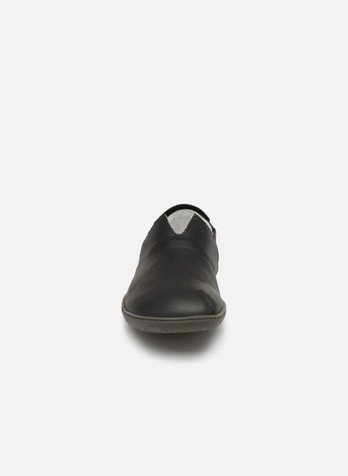 Loafers El Naturalista Viajero Moc N°275 Black model view