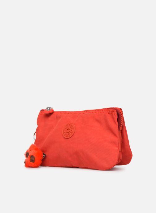 Petite Maroquinerie kipling Creativity L Rouge vue portées chaussures